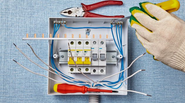 fuse-board-replacement-post